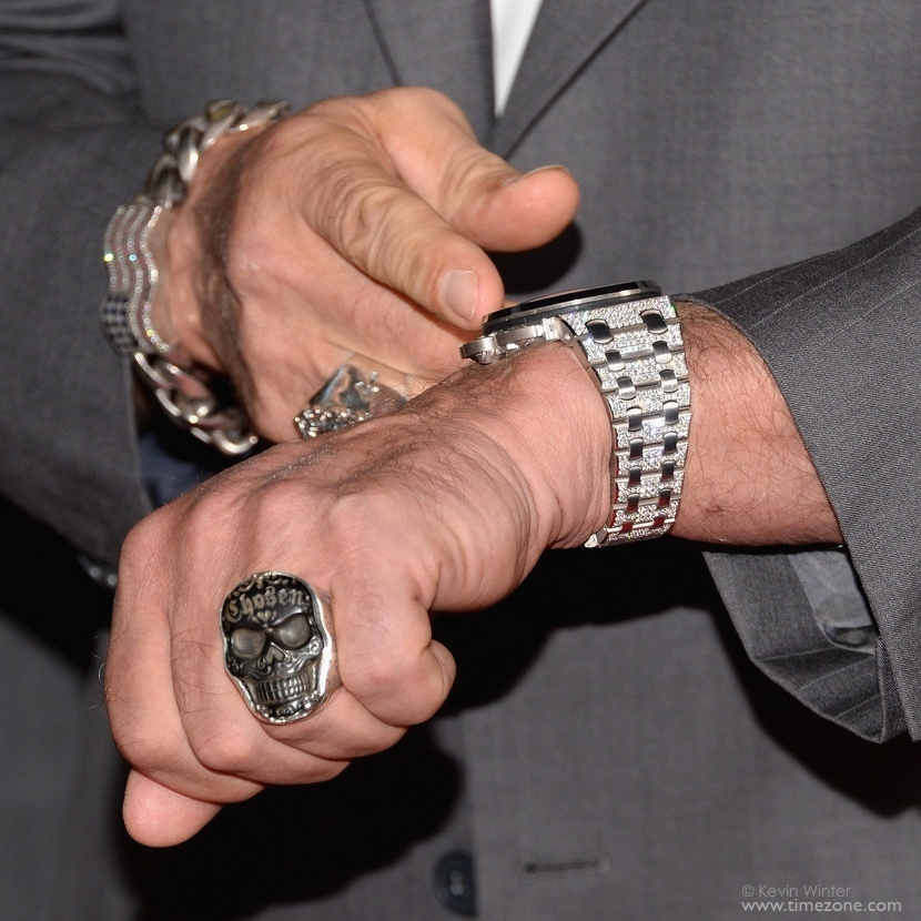 26215BC.ZZ.1239BC.01, Royal Oak Offshore Pavé, Royal Oak 26215, Arnold Schwarzenegger Audemars, Schwarzenegger Audemars, Arnold Schwarzenneger diamond watch