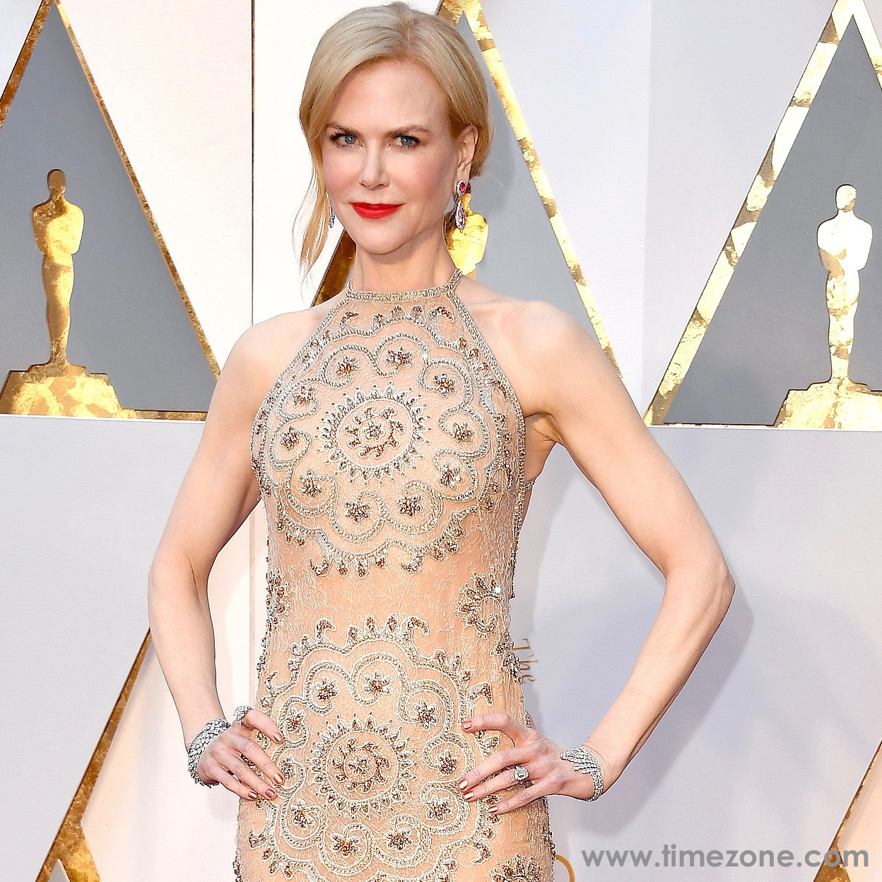Nicole Kidman Omega, Oscars Omega,  Nicole Kidman vintage Omega,  vintage Omega Museum diamond watch
