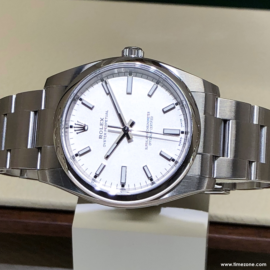 Rolex Oyster Perpetual 39, Rolex 114300, 114300