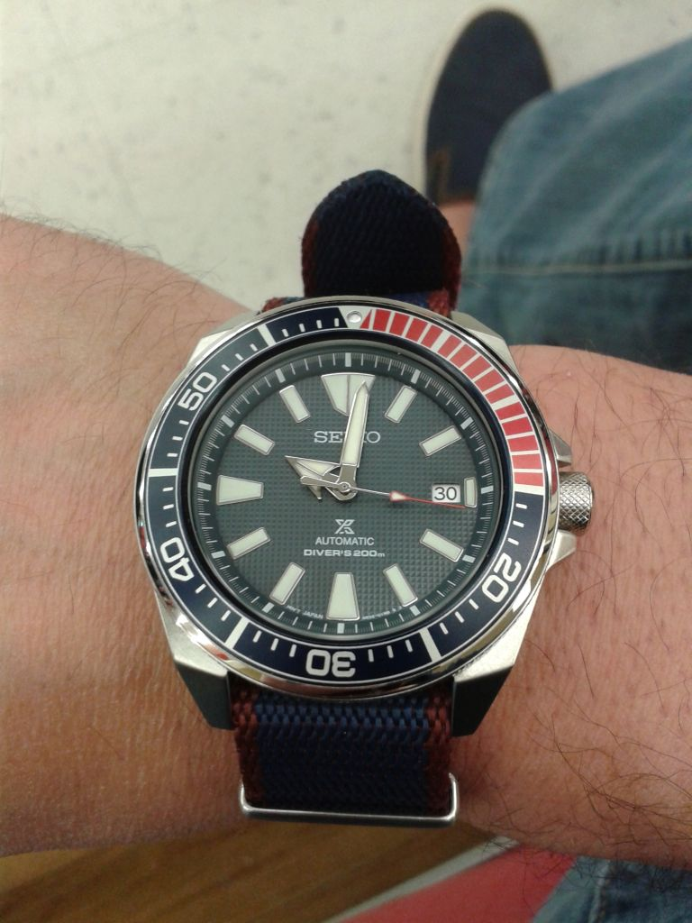TimeZone : Sales Corner » WTT - Seiko Samurai Blue/Red Bezel Ref  SRPB53