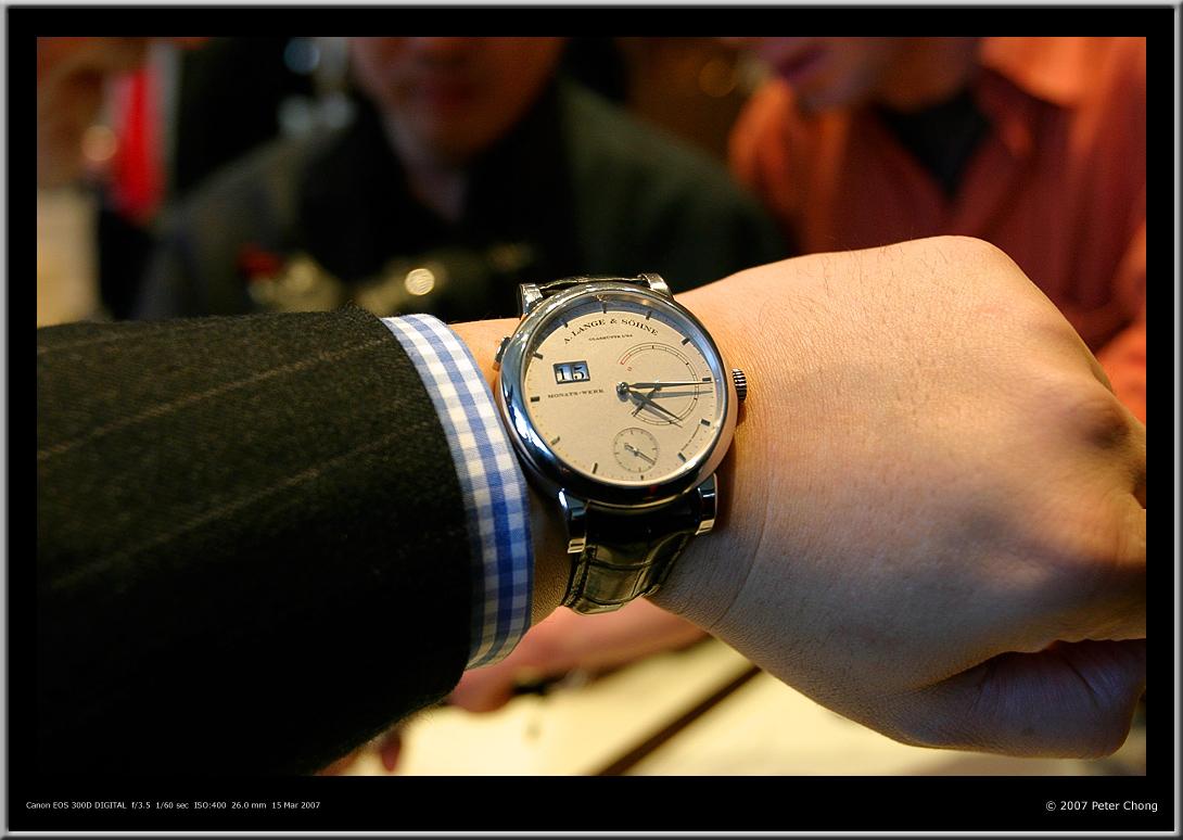 Monats Werk, Lange 31 wrist, Lange 31 wrist shot, Lange 31 Peter Chong