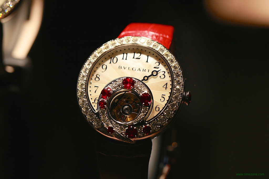 Berries Tourbillon Retrograde Hours