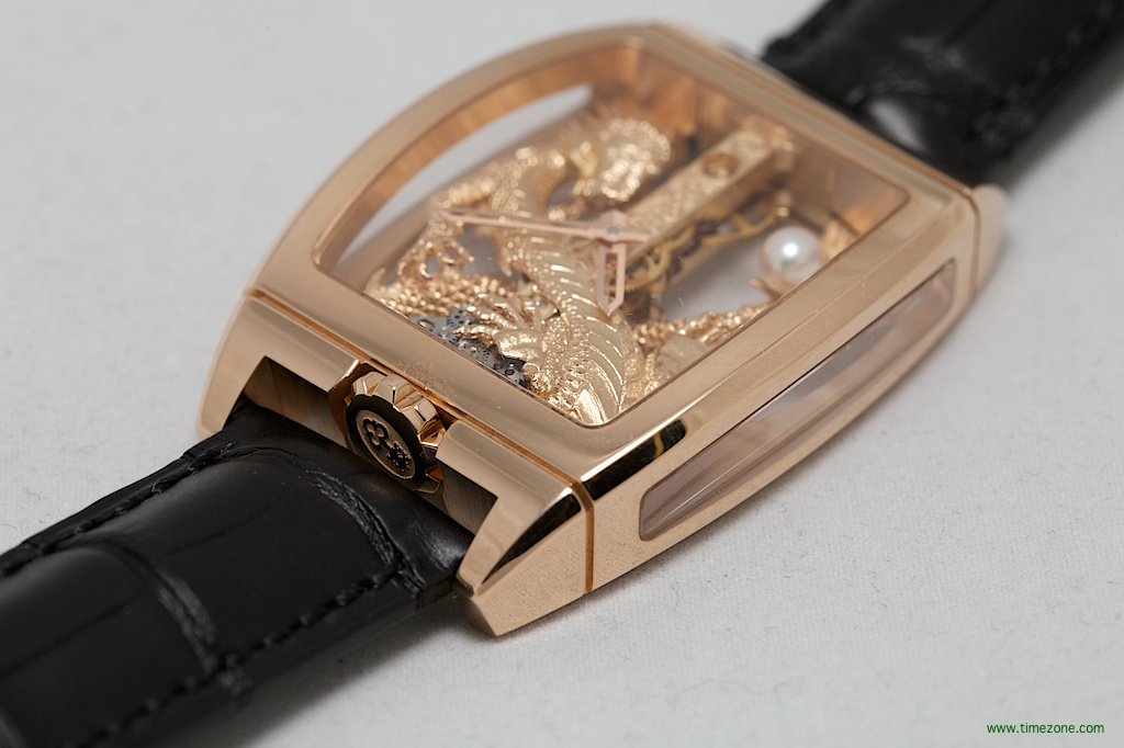 Golden Bridge Dragon, Corum B113-02349, Corum CO 113, Corum Novelties, Corum 2014 Basel
