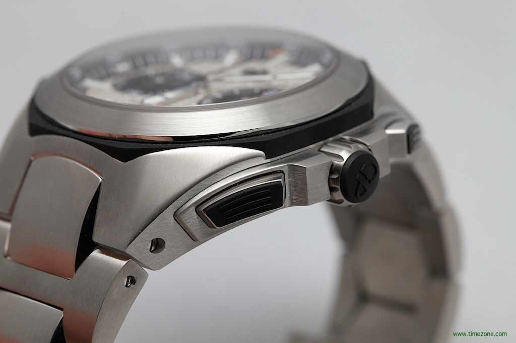 Girard-Perregaux Chrono Hawk Steel, GP Chrono Hawk Steel, Chrono Hawk Steel, Chrono Hawk Steel Bracelet, reference 49970-11-133-11A, 49970-11-133-11A