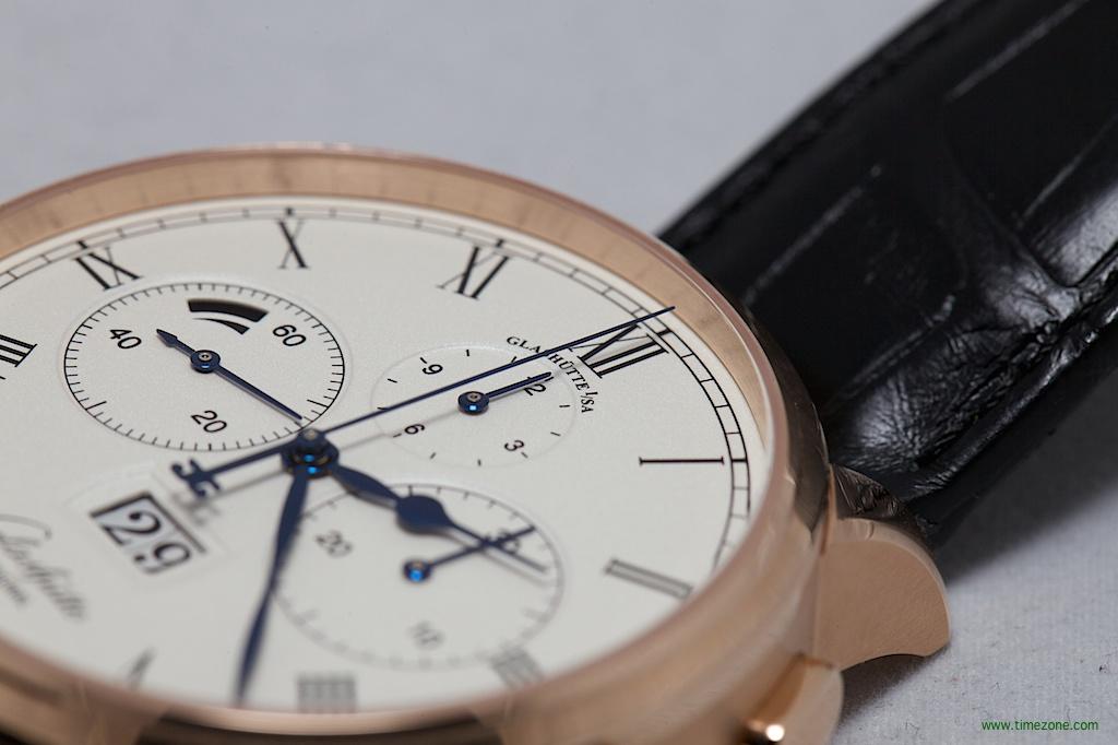 Senator Chronograph Panorama Date, Caliber 37, Glashütte Original 1-37-01-01-05-30