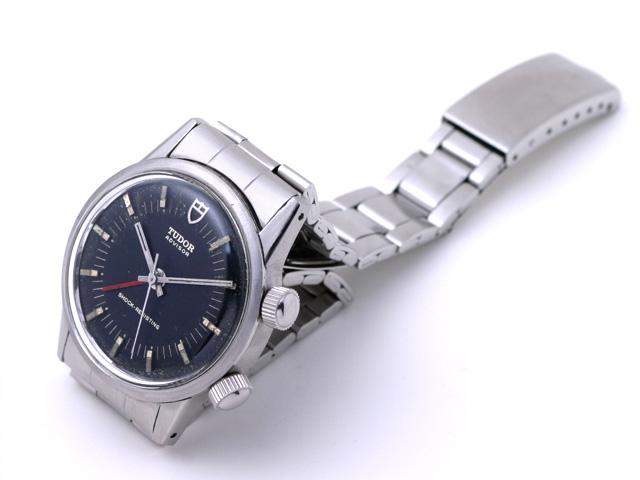 Je cherche une bonne montre mécanique. Jack_tudor_advisor