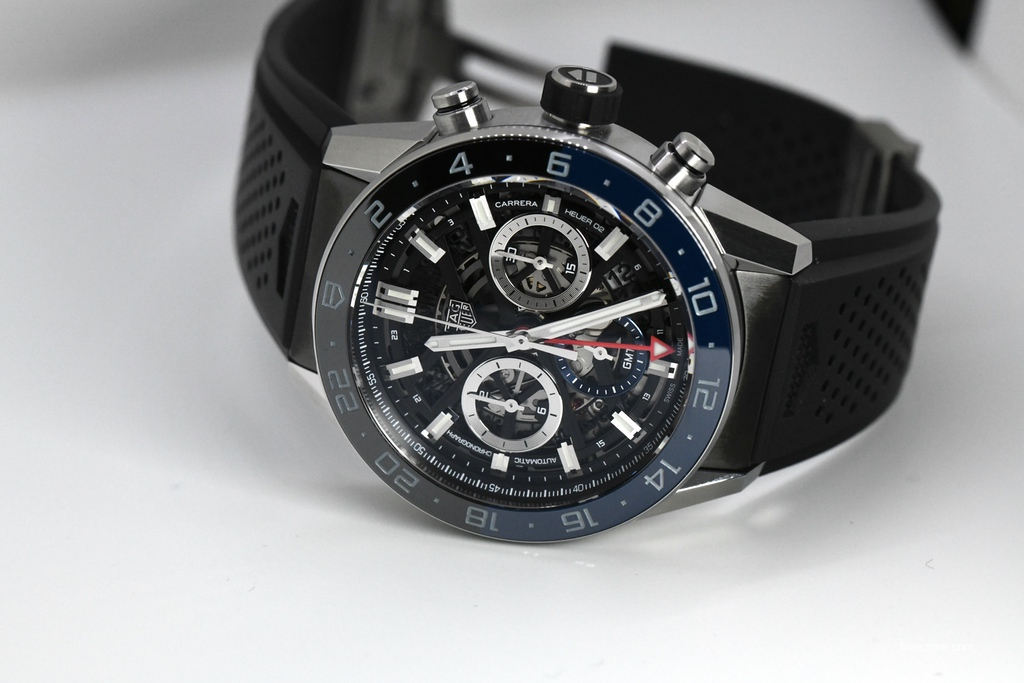 Carrera Chronograph GMT, Carrera Chrono GMT, CBG2A1Z.FT6157, TAG Heuer CBG2A1Z.FT6157