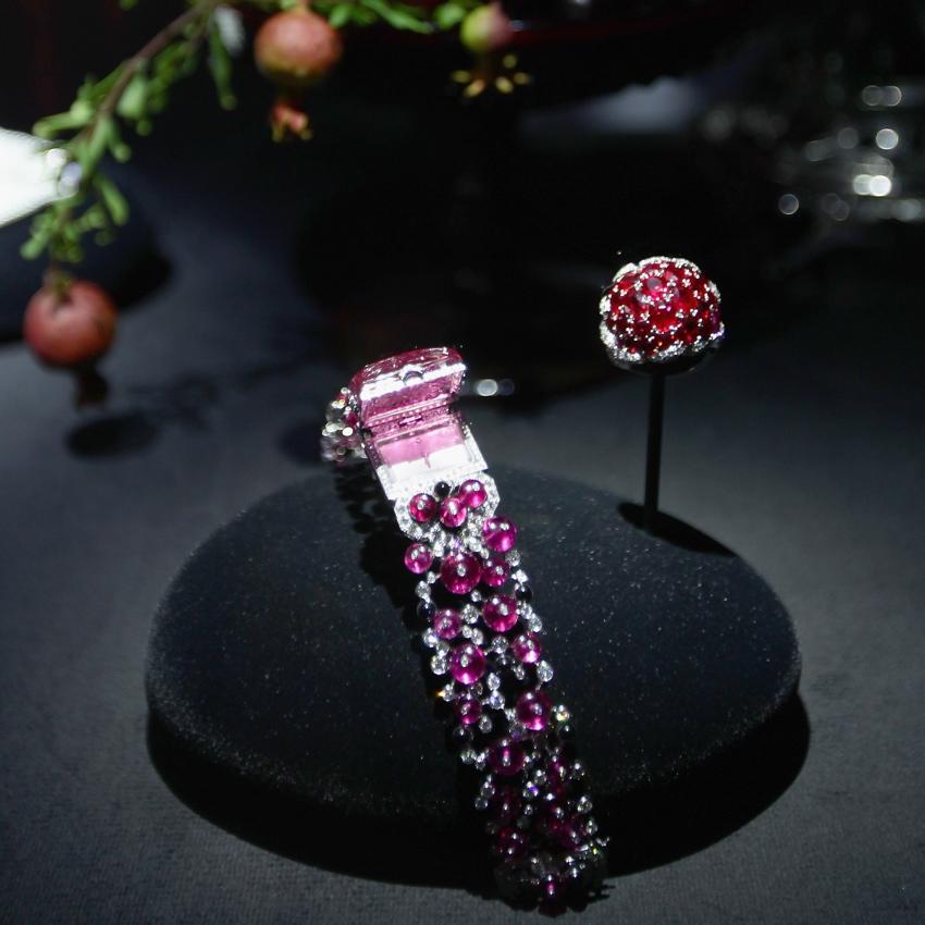 TimeZone : Ladies Watch Forum » New: Collection Sortilège ...